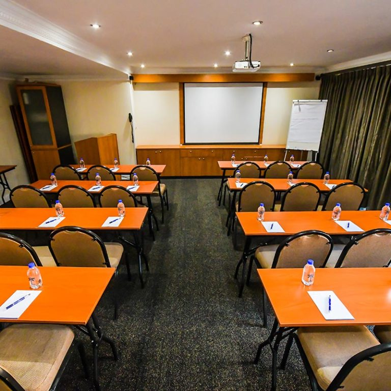 Island-Club-Hotel-Conference-Room-11