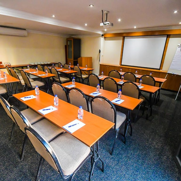Island-Club-Hotel-Conference-Room-12